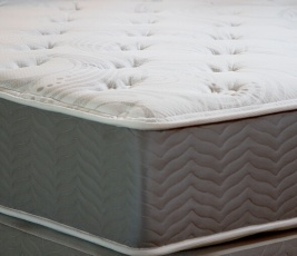 Royale II Pocketed Coil Mattress Closeup